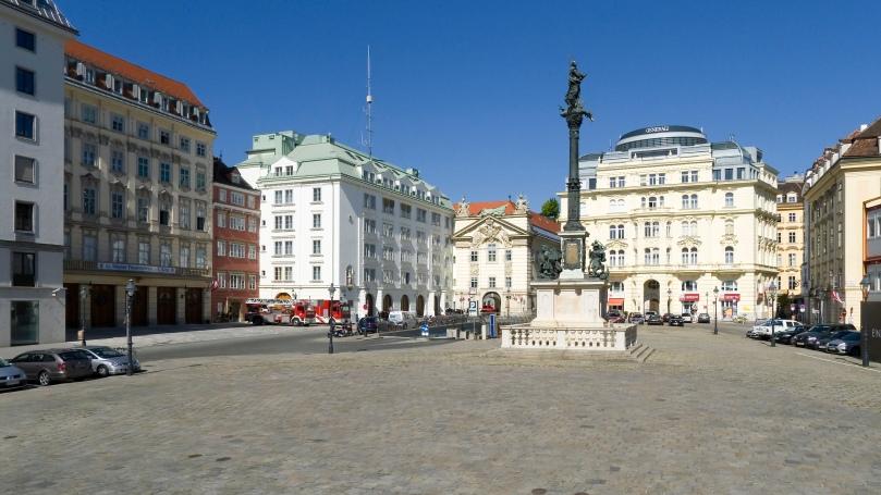 Wien_01_Am_Hof_a