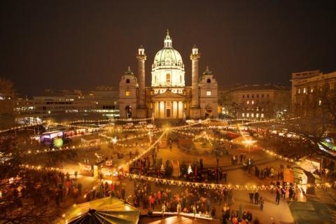 Adventmarkt-Karlsplatz-Wien_Foto Matthias Silveri